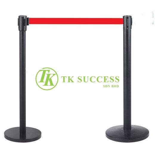 Black Retractable Belt Q-Up Stand