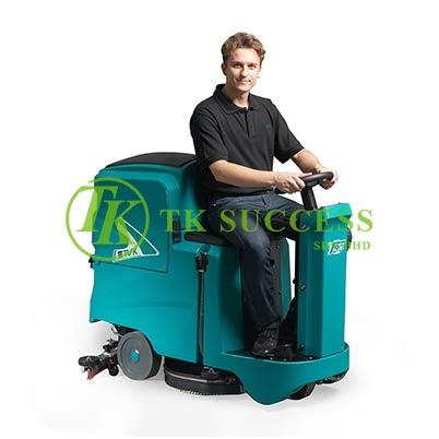 TVX Ride On Auto Scrubber T90 21